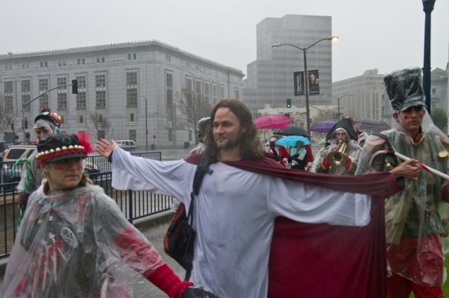 SPS and 12th Nutcracker soldiers provide close protection for Jesus
